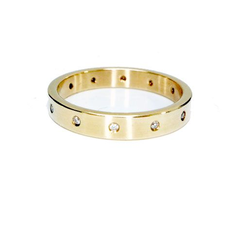 Preloved Sheila Fleet 9ct gold diamonds wedding band Size N